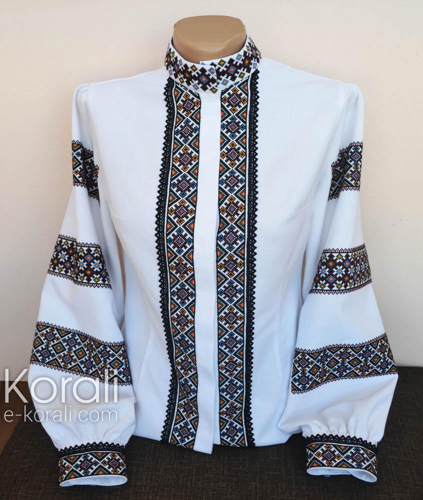 Каталог  Вишиванка жіноча. Блузка з вишивкою