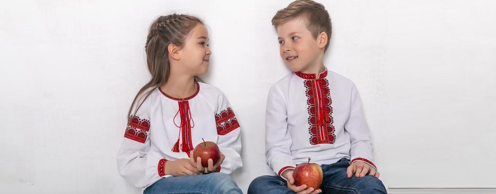 0654b7dc0f430e Ручна робота | Korali - купити вишиванку, українська вишивка, жіночі і  чоловічі вишиті сорочки